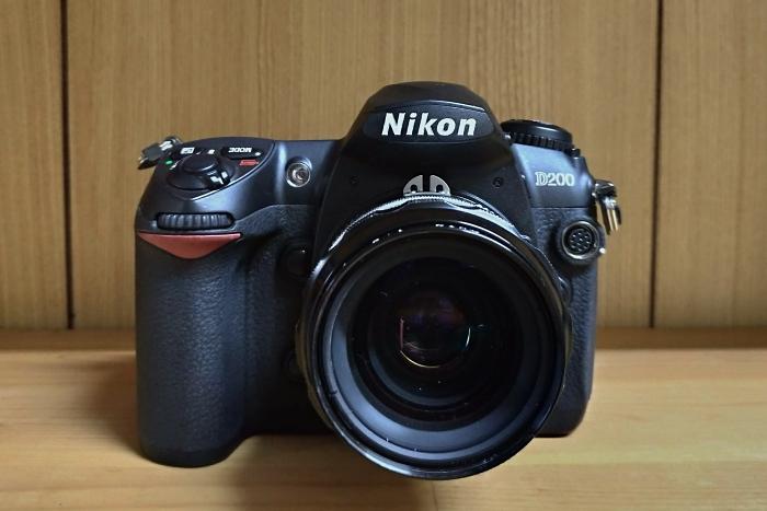 Nikon D200 正面