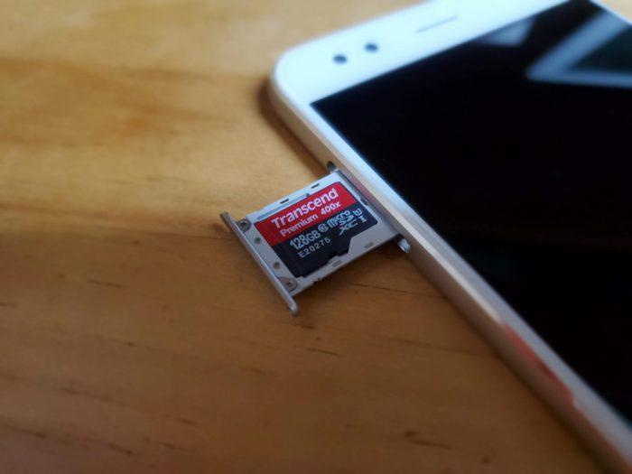 micro SDXCカード
